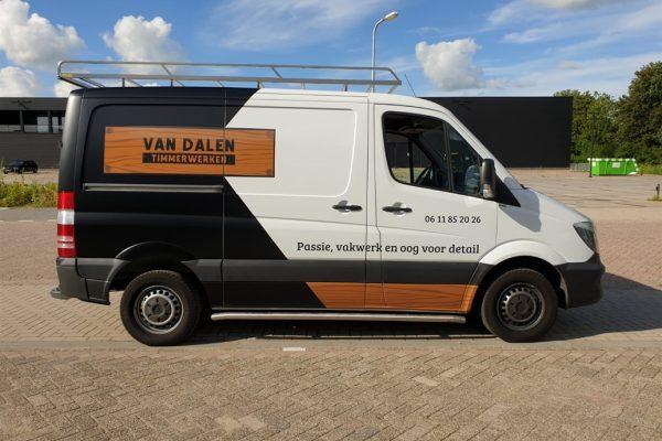 Autobelettering Van Dalen Timmerwerken (rechts)